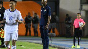 Dely Valdés:El Salvador no nos tiró a puerta. El partido fue cerrado y complicado