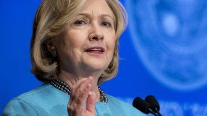 Aliados de Clinton le presentan plan económico