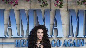 Cher exige un camerino solo para sus pelucas durante su gira