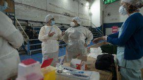 El anuncio de la futura llegada de vacunas de Pfizer se produjo en momentos en que el gobierno de Argentina teme que la variante Delta comience a circular de forma comunitaria.