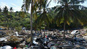 Hallan a 34 niños muertos en campamento en zona del terremoto en Indonesia