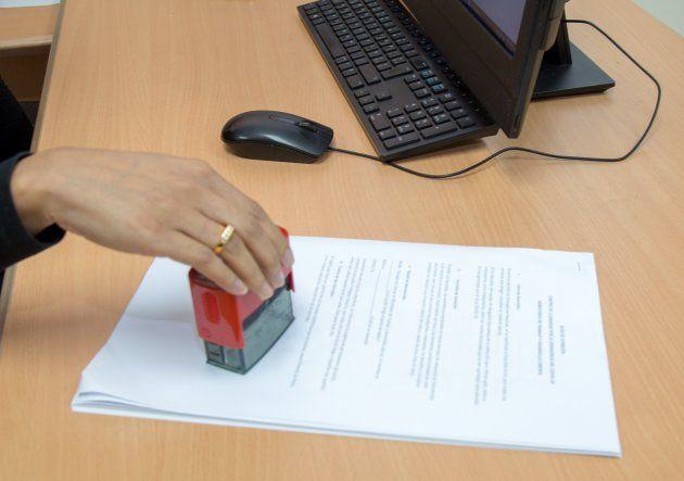 Hasta la fecha un 52% de los contratos laborales suspendidos han sido reactivados y más de 5 mil trabajadores que ya fueron reintegrados a sus puestos de trabajo han dejado de recibir el Vale Digital.