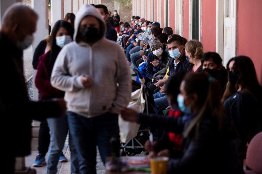 En Chile 12.199.649 de personas han sido inoculadas con al menos una dosis contra la covid-19