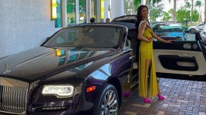 Carmen Jaramillo llega al hotel sede del Miss Universo