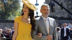 Sombreros marcan la moda en la boda real