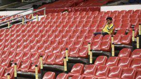 Dirigente infectado se arrepiente de ir al estadio en México