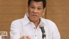Filipinas prohíbe entrada a senadores de EEUU por criticar condena a senadora