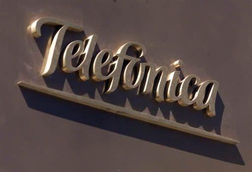 Telefónica invertirá en Argentina 2.045 millones de dólares en 2013-2014