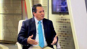 Alcalde Pérez explica de los beneficios de la descentralización