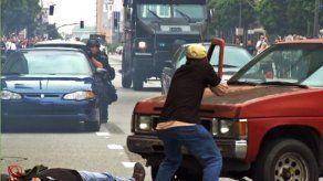 EEUU sopesa seguir dando equipo militar a policías