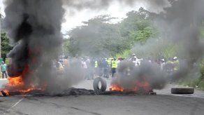 Más de 15 detenidos en Coco Solo tras cierre de vía