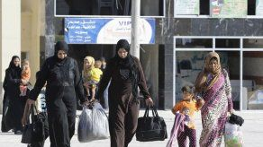 Una estación de paso en Alepo para las familias que huyen del EI