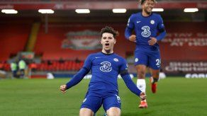 Chelsea gana 1-0 al Liverpool en Anfield y se pone cuarto
