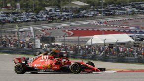 Raikkonen gana en EEUU; Hamilton deberá esperar a México