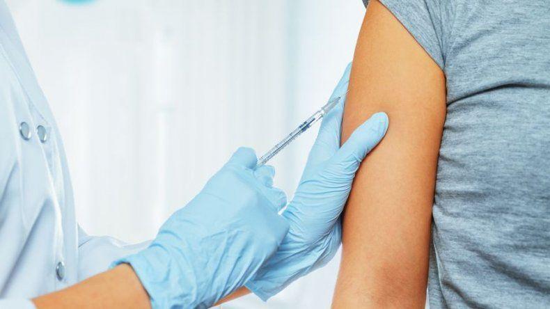 Vacuna japonesa contra el dengue muestra en un ensayo una eficacia del 80,2 %