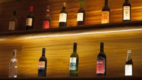 ¿Cómo reutilizar las botellas de vino?