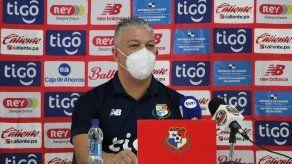 El director técnico de la selección futsal de Panamá, el venezolano José Botana.