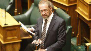Legisladores de Nueva Zelanda aprueban ley de aborto