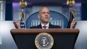 La Casa Blanca convoca al jefe de la FDA por tema de vacunas