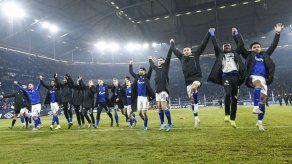 Schalke vence 2-1 a Union Berlín y alcanza la cima