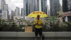 La líder de Hong Kong se disculpa tras protestas masivas