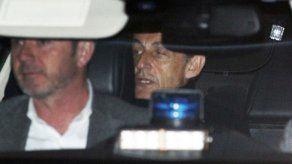 Imputan cargos preliminares contra Sarkozy