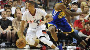 Lillard hizo de Curry y Trail Blazers destrozan a Warriors