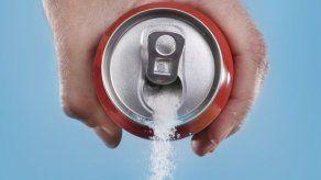 Establecen impuesto selectivo a las bebidas azucaradas