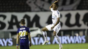 Santos apalea a Boca; final de la Libertadores es brasileña