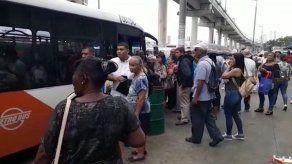Restablecen servicio en la Línea 1 del Metro de Panamá tras estar detenido por dos horas