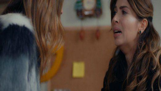 Melisa enfrenta a Arzu, está muy dolida por ocultarle la verdad