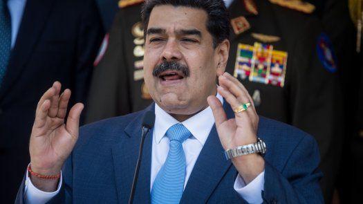 Nicolás Maduro respondió estar dispuesto a hablar donde quieran y como quieran, sin referirse a la propuesta de nuevos comicios de presidente en Venezuela.