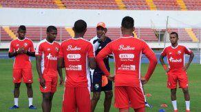 Julio Dely Valdés anuncia lista final para la Copa Oro 2019