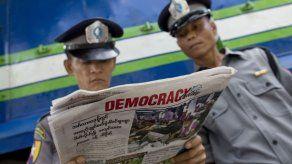 Presidente de Mianmar promete traspaso pacífico de poder