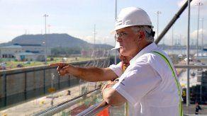 Canal de Panamá alerta que su calificación de riesgo depende de su autonomía