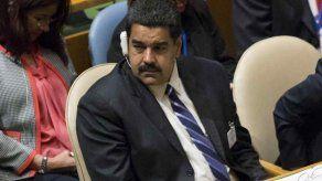 Maduro insistirá en Arabia Saudí en fijar banda de precios petroleros