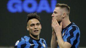 Inter doblega a Atalanta y está firme en la cima de la Serie A