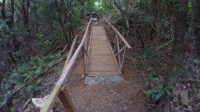 Mejoras en Parque Nacional Coiba avanzan con adecuaciones en varios sederos