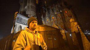 Investigan a youtubers que escalaron la Sagrada Familia burlando seguridad