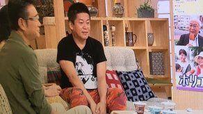 La TV pública de Japón se disculpa por una camiseta de Hitler
