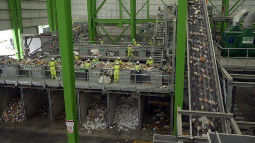 Se trata de una estación de transferencia y selección de desechos sólidos generados en un sector del norte de la capital, donde se separa el material reutilizable.
