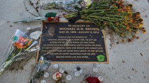La tensión vuelve a Ferguson un año después de la muerte de Michael Brown