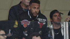 Asesoría de Neymar afirma que el PSG fue informado del calendario del astro