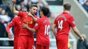 El Liverpool se da un festín en Newcastle