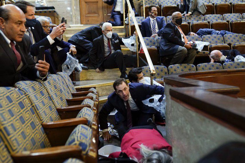 La votación de los senadores significa que las preguntas acerca de la responsabilidad del asalto seguirán siendo filtradas a través de los lentes partidarios.