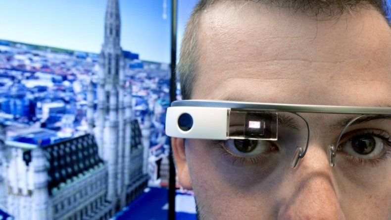 Las Google Glass tendrán marcos Ray-Ban y Oakley