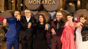 Salma Hayek plasma un México de mujeres empoderadas en la serie Monarca