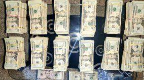 Incautan 124 paquetes de presunta droga y más de B/.120 mil en una residencia en Las Lajas