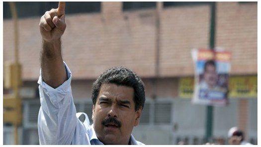 Maduro acusa a expresidente colombiano Uribe de plan para asesinarlo