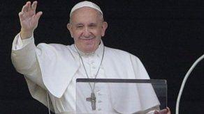 El papa pide medidas contra la muerte de migrantes en el mar